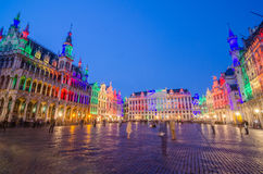 night-scene-grand-place-brussels-belgium-61665495